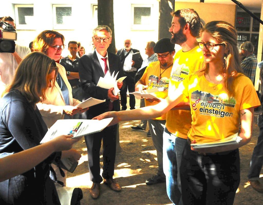 Petition: Bremer*innen wollen Einfach Einsteigen! 1